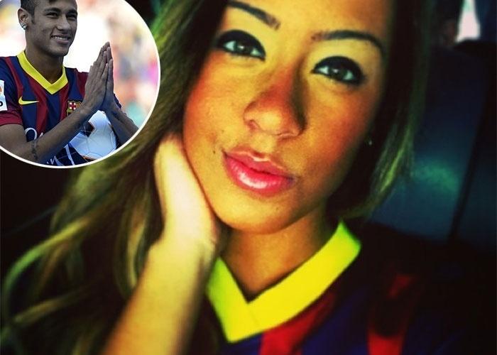 """5.jun.2013 - Irmã de Neymar, Rafaella tem aproveitado a vida: depois de acompanhar o craque à Espanha, embarcou para Miami. De acordo com a coluna """"Olá"""", do jornal """"Agora"""", a garota terá a missão de, ao lado da mãe, Nadir, providenciar os preparativos para a nova casa da família, em Barcelona"""