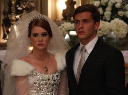 "Marina Ruy Barbosa e Klébber Toledo durante cena da novela ""Morde & Assopra"", da Globo (2011)"