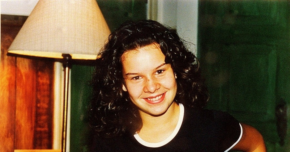 1999 - A atriz Fernanda Souza atuou em