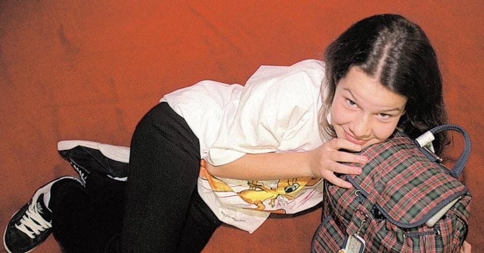 27.mai.1997 - Fernanda de Souza posa para a fotógrafa Marisa Cauduro na época em que interpretava Mili em
