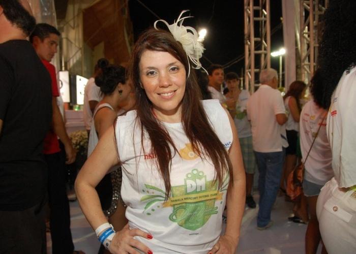10.fev.2013 - Simony curte show de Daniela Mercury em camarote em Salvador, na Bahia