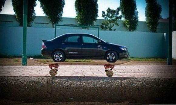 Carro de oito rodas