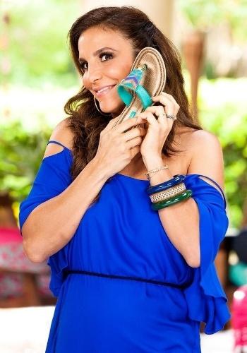 """23.ago.2013 - Ivete Sangalo gravou um comercial para a divulgação de sua nova coleção de sandálias em parceria com a Grendha. A cantora voltou recentemente de sua turnê """"Real Fantasia"""" pelos EUA e esbanjou simpatia durante as filmagens"""
