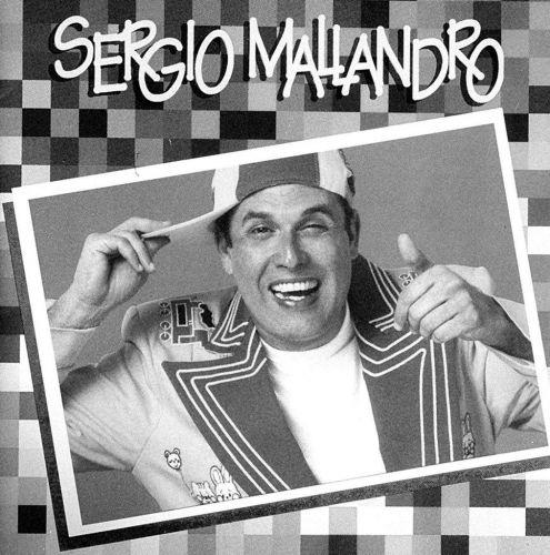 O apresentador dando asas à sua porção cantor, em caoa de CD lançado em 1996