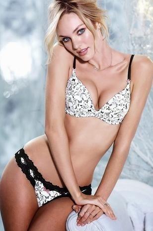 18.out.13 - A modelo Candice Swanepoel arrasou em mais um ensaio sensual para o novo catálogo de lingerie da grife Victoria's Secret. A sul-africana mostrou suas as curvas com calcinhas e sutiãs rendados e com transparências.