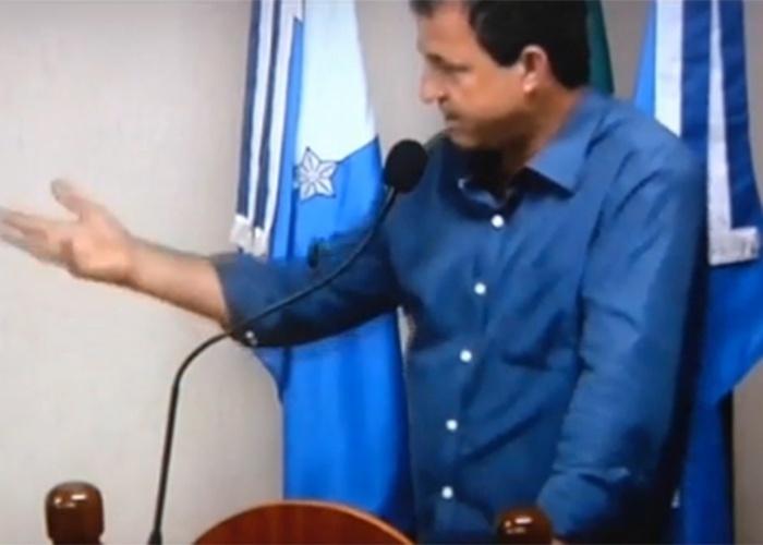 Terça-feira (29.out.2013) - A postura de um vereador de Piraí, no sul do estado, está sendo comentada nas últimas semanas. Ele criticou a população de rua, duizendo que