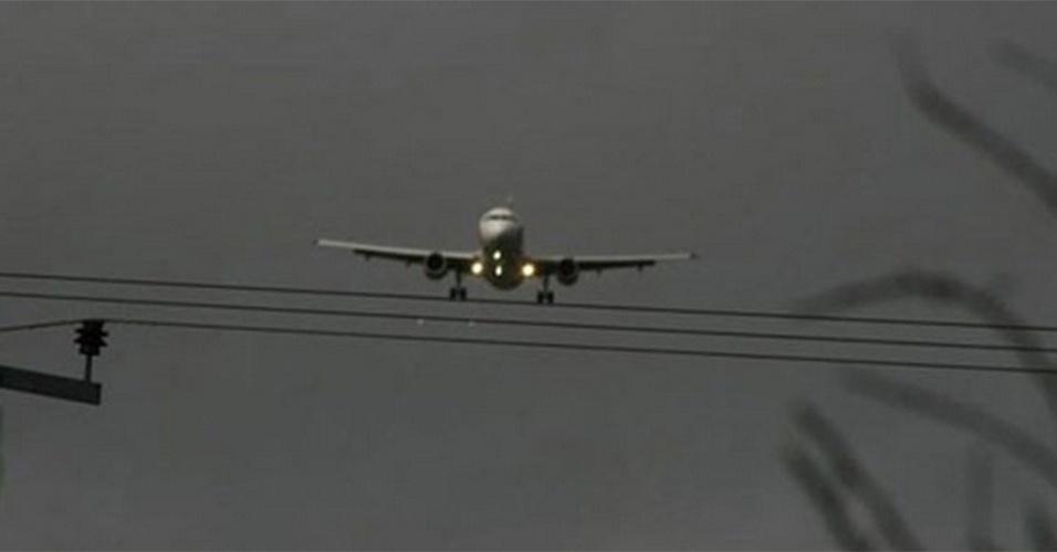 Avião equilibrista