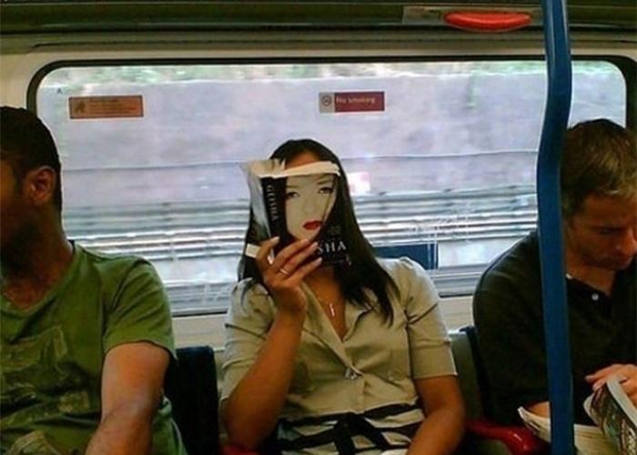 """""""Memórias de uma Gueixa"""" no transporte público"""