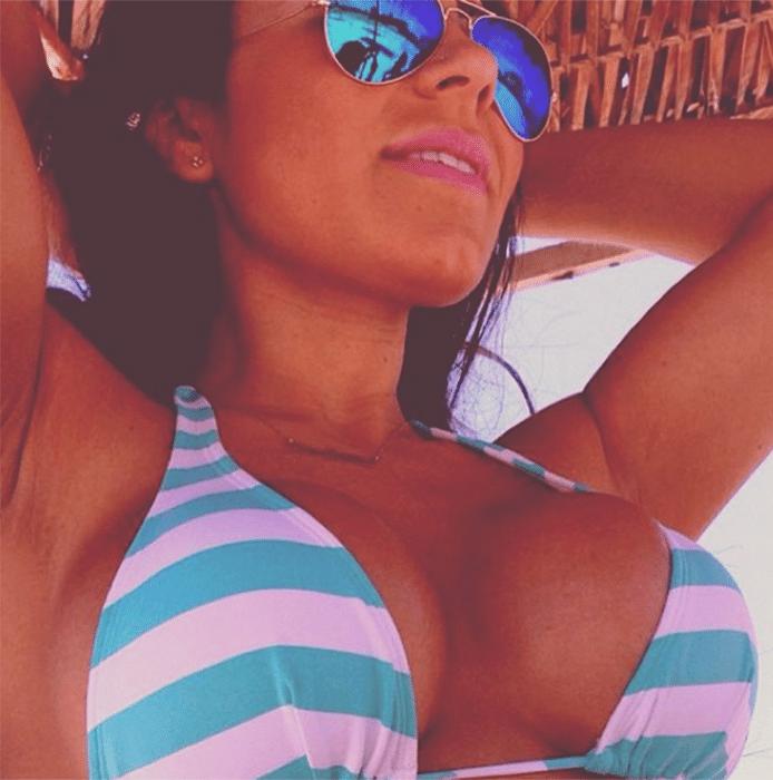 30.dez.2013 - Thammy vinha comentando as fotos que Andressa Ferreira postava nas redes sociais