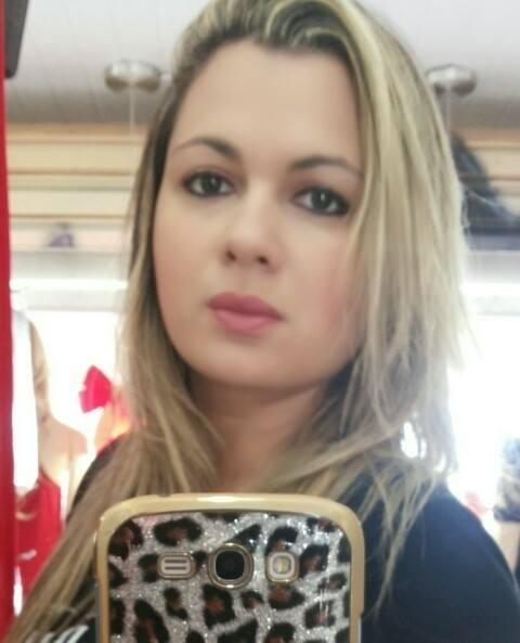 Alinne Kardinalli, de Brasília (DF)