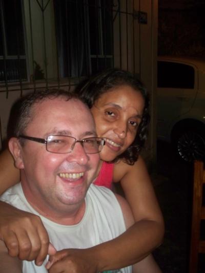 Renan Campos e sua esposa Sirlene Silva, de Teófilo Otoni (MG)
