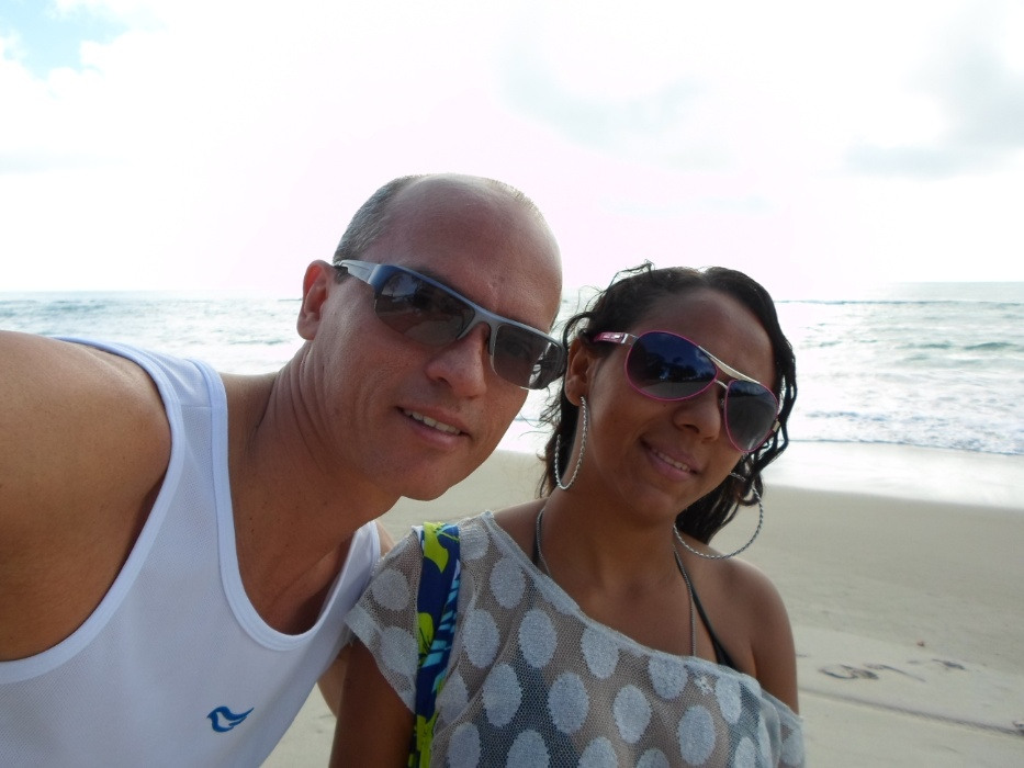 Anderson Almeida e sua esposa Cícera Barbosa, de Praia   Tamandaré (PE)