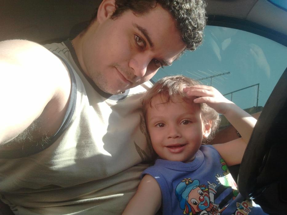 Rafael Medeiros e seu filho Lucas Rafael, de Barueri (SP)