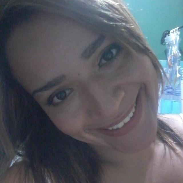 Pelo Instagram, a usuária @paulapalese manda sua selfie