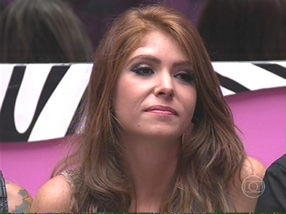 4.fev.2014 - Com % dos votos, Amanda é a 7ª eliminada do reality