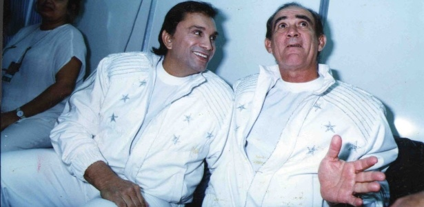 1994 - Os comediantes Didi (à dir.) e Dedé Santana no ginásio do Ibirapuera para a gravação programa especial Criança Esperança - Vicente Grecco/Folhapress - Vicente Grecco/Folhapress
