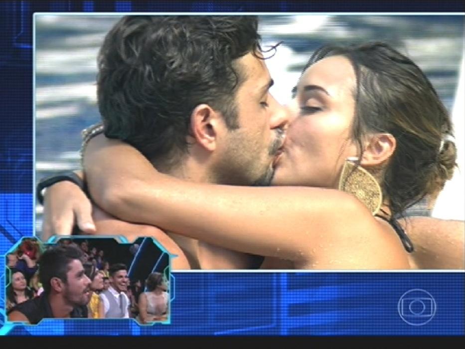 """1º.abr.2014 - Brothers eliminados também foram convidados a rever """"grandes momentos"""" enquanto estavam confinados"""