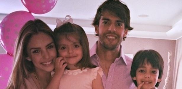 Os dois são casados há oito anos e têm dois filhos: Luca e Isabella
