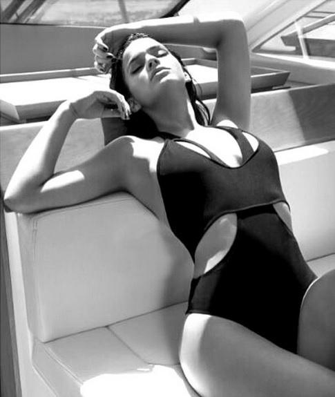 11.mai.2014 - Bruna Marquezine divulgou em seu Instagram fotos do ensaio que fez para a revista Boa Forma de maio.