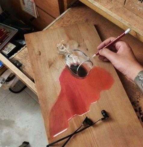 15.mai.2014 - O artista hiperrealista Ivan Hoo, de Singapura, surpreende com suas pinturas, elas são tão reais que é necessário algum tempo para entendermos que se trata apenas de uma reprodução do real. Ivan adora pinta sobre superfície de madeira