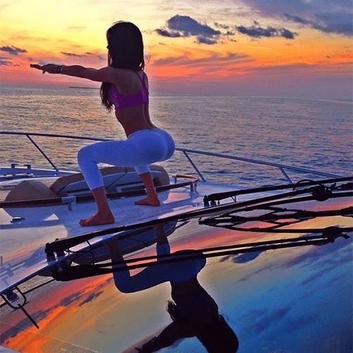 2.jun.2014 - A modelo fitness Jen Selter, de 20 anos, faz sucesso com suas fotos no Instagram. Dona de um bumbum avantajado, ela faz a alegria dos fãs ao empinar o atributo, mostrando os exercícios físicos que a fazem manter o corpão e o resultado, com suas curvas à mostra, em diversas postagens