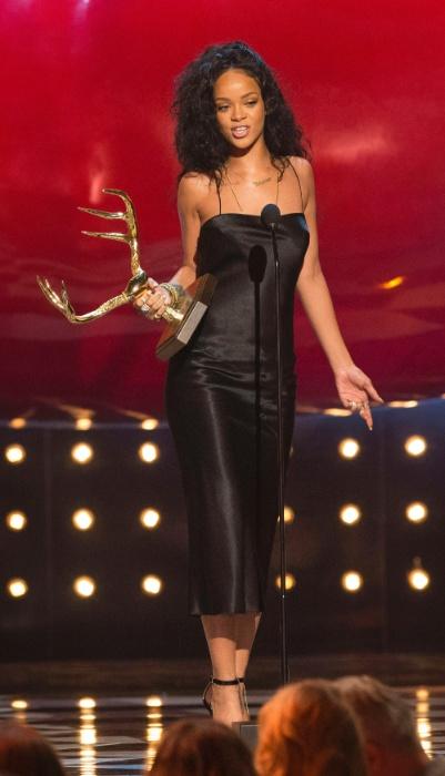 8.jun.2014 - Rihanna foi eleita a mulher mais desejada no Guys Choice Awards 2014, premiação realizada na noite de sábado (7), na Califórnia, EUA