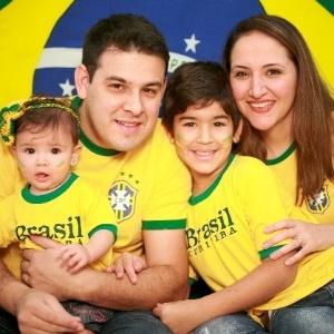Marcelo Pola e sua família participaram do especial do BOL em 2014