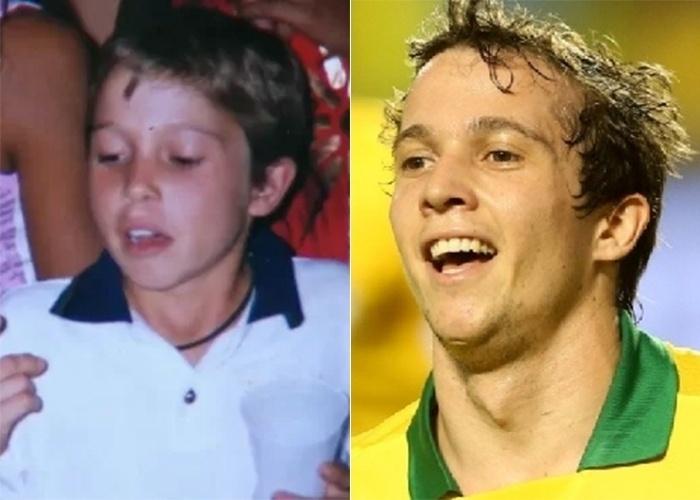 Olha que fofura o atacante da seleção do Brasil Bernard na infância. O garoto loirinho, que já era lindo, continua conquistando muitas fãs com a camisa verde e amarela. O atleta também atua como meia-atacante no time ucraniano Shakhtar Donetsk
