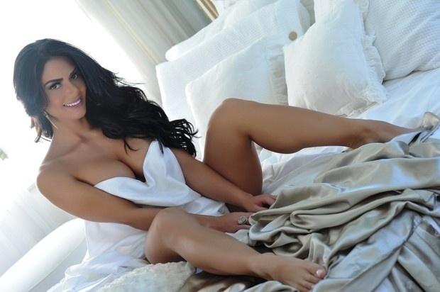 mulheres nuas na praia www classificadosx