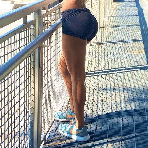 15.jul.2014 - Jen Selter, norte-americana famosa no Instagram por postar fotos de seu bumbum avantajado, conquista cada dia mais fãs com postagens de fotos das suas curvas na web. A gata já tem mais de 3 milhões e 800 mil seguidores e os elogios ao seu corpo dominam os comentários