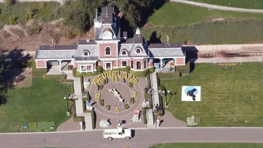 Imagem aérea de antiga propriedade do cantor Michael Jackson (1958-2009) - EFE