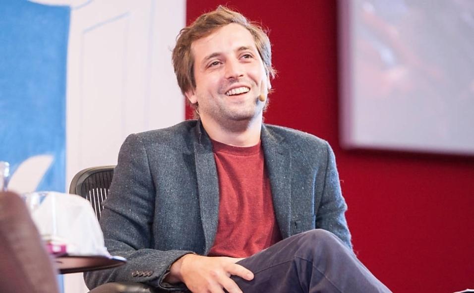O ator e comediante Gregório Duvivier vai marcar presença na 23ª edição da Bienal Internacional do Livro de São Paulo na terça-feira (26)