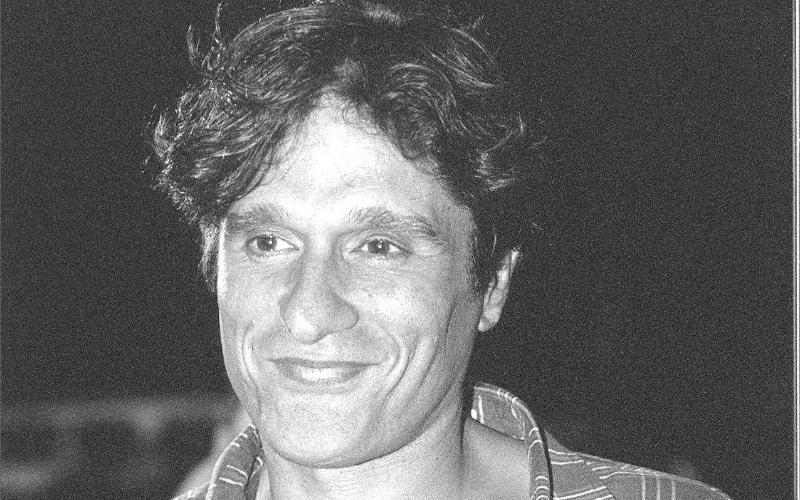 2.out.1997 - O ator, bailarino e coreógrafo Thales Pan Chacon morreu aos 40 anos vítima de complicações causadas pelo vírus da Aids
