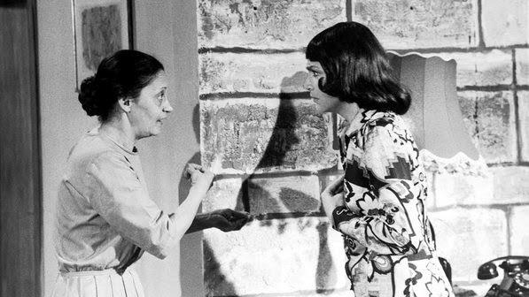 """1972 - Laura Cardoso atuou com Nathalia Timberg em """"Quero Viver"""", da Record"""