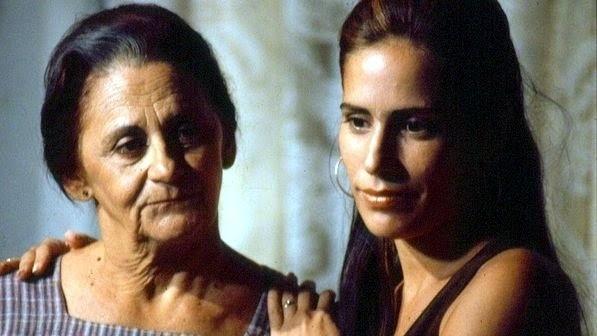 """1993 - Em """"Mulheres de Areia"""", Laura Cardoso viveu Isaura, mãe das gêmeas Ruth e Raquel (interpretadas por Gloria Pires)"""