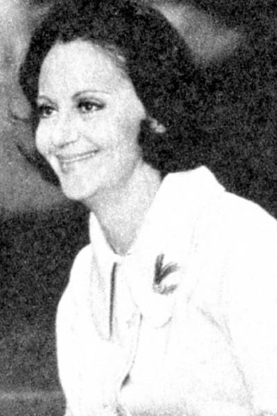 """1975 -  Na imagem, Laura Cardoso em cena de  """"Ídolo de Pano"""""""