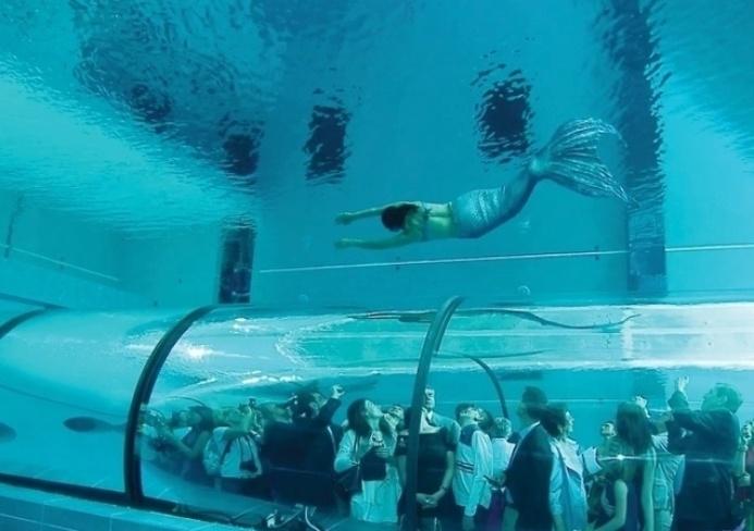 Conhe a piscinas incr veis bol fotos bol fotos for Funda para piscina