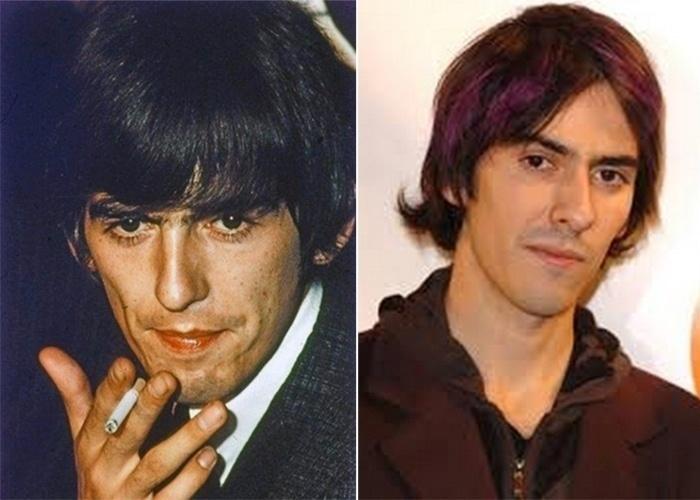 """George Harrison (1943-2001) foi um dos galãs do rock'n'roll quando surgiu nos palcos com os Beatles, nos anos 60. O filho, Dhani Harrison, que também é músico, é uma """"cópia moderna"""" do pai. A montagem do BuzzFeed, na imagem a seguir, mostra que os dois são bem parecidos"""