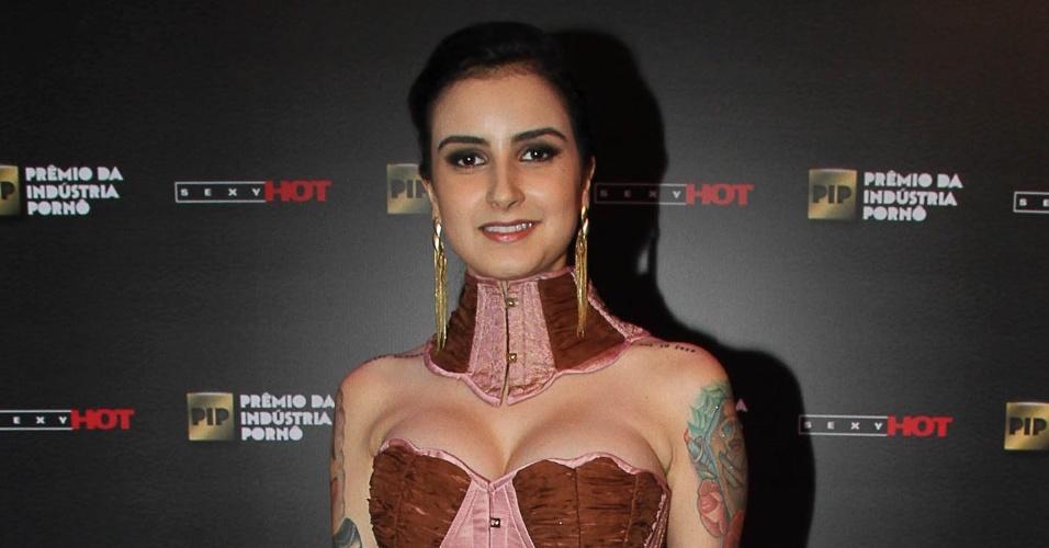 14.out.2014 ? A garota de programa Lola Benvenutti também marcou presença Prêmio da Indústria Pornô, em São Paulo