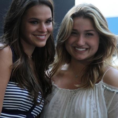Sasha e Bruna Marquezine participam do evento que comemora os 25 anos da Fundação Xuxa Meneghel