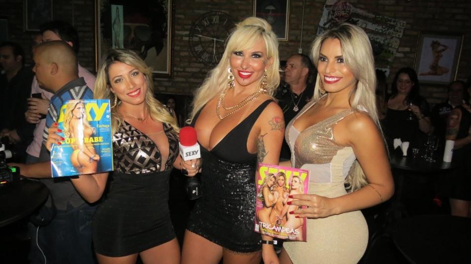 5.nov.2014 - Rô Fraga, Sabrina Boing Boing e Danubia Santos no lançamento da revista Sexy com ensaio nu da ex-BBB Clara Aguilar