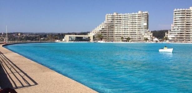 maior piscina do mundo tem 1 km de comprimento e fica no On piscina 1 km