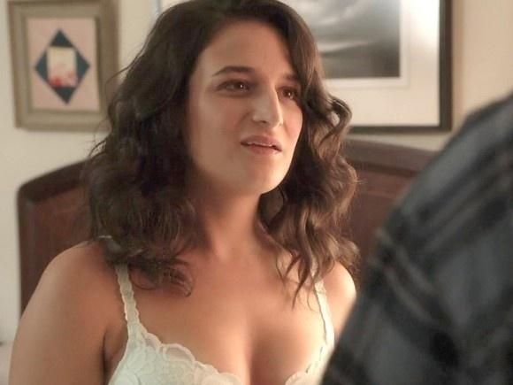 """30.jan.2015 - A atriz Jenny Slate aparece de lingerie em cena de """"House Of Lies"""", série exibida pelo canal norte-americano Showtime"""