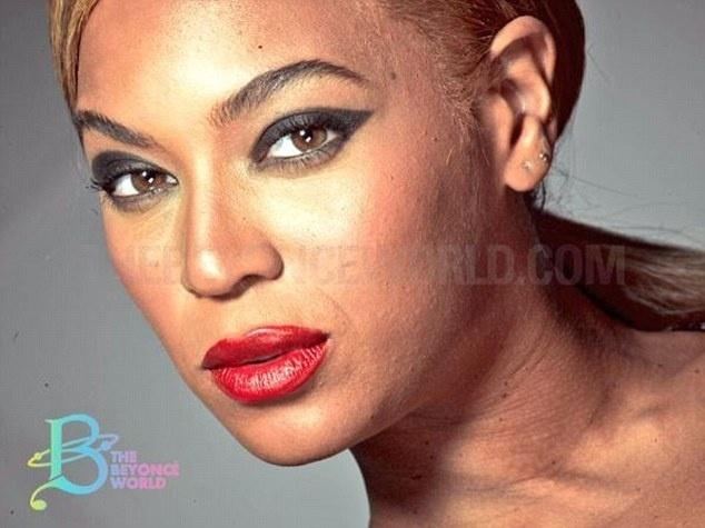 19.fev.2015 - Imagens de Beyoncé sem retoques ganharam repercussão nas redes sociais nesta semana. Na primeira foto (à dir.), divulgada por um site americano,  a cantora aparece bastante maquiada, mas com algumas imperfeições na pele. A imagem foi feita para uma campanha publicitária da L?Oréal, em 2013, mas só agora foram divulgadas
