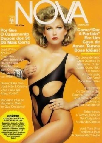 2.abr.2015 - Capas que abusam da sensualidade de Xuxa foram destaque nos anos 70, 80 e 90