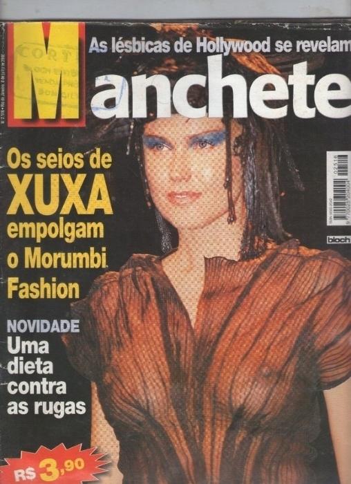 2.abr.2015 - Esta capa da revista Manchete traz os seios de Xuxa, que ficaram visíveis por conta da transparência da roupa da apresentadora