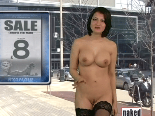 "25.abr.2015 - 25.abr.2015 - Natasha Olenski apresenta o telejornal ""Naked News"""