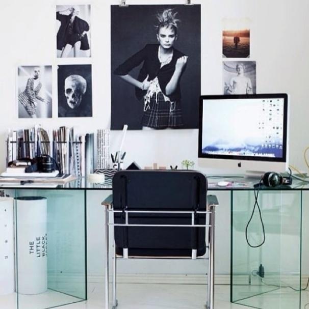 """""""Busque sempre um lugar de trabalho agradável e organizado e tenha uma produtividade melhor"""", diz a legenda da foto, postada no perfil Misse Lanea"""