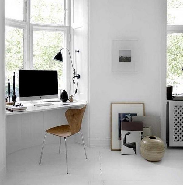 Imagem de um escritório em uma casa dinarmarquesa postada no perfil Décor Aid