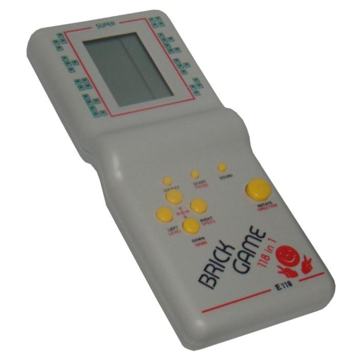 7. Os Mini Games foram a febre dos anos 90 e traziam centenas de jogos em um só aparelhinho, com diversos níveis de dificuldade